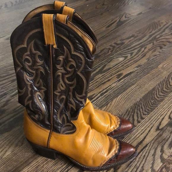 Tony Lama Other - EUC Authentic Tony Lama Cowboy Boots w/Lizard Tips